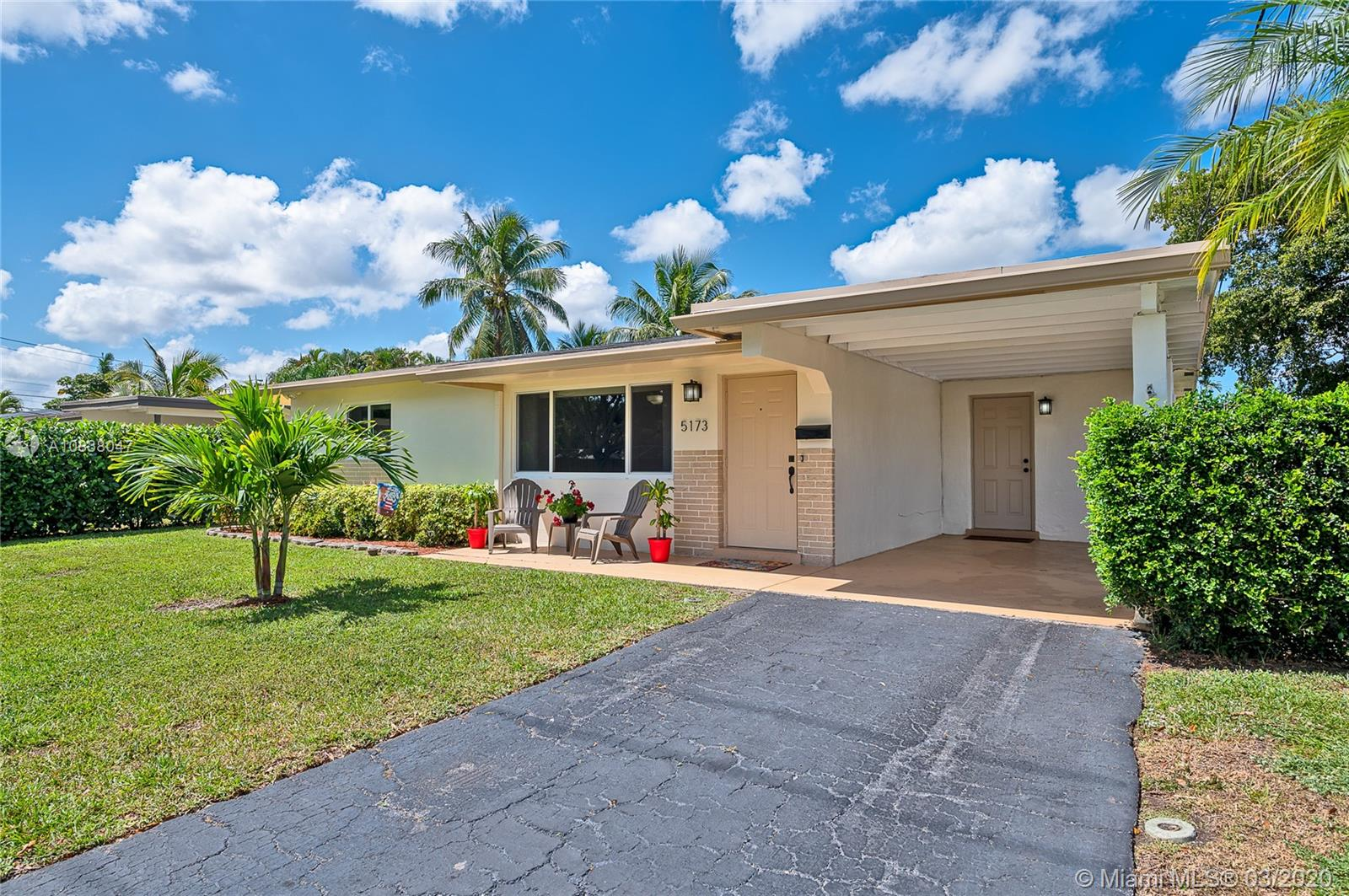 5173 SW 95th Ave  For Sale A10838047, FL