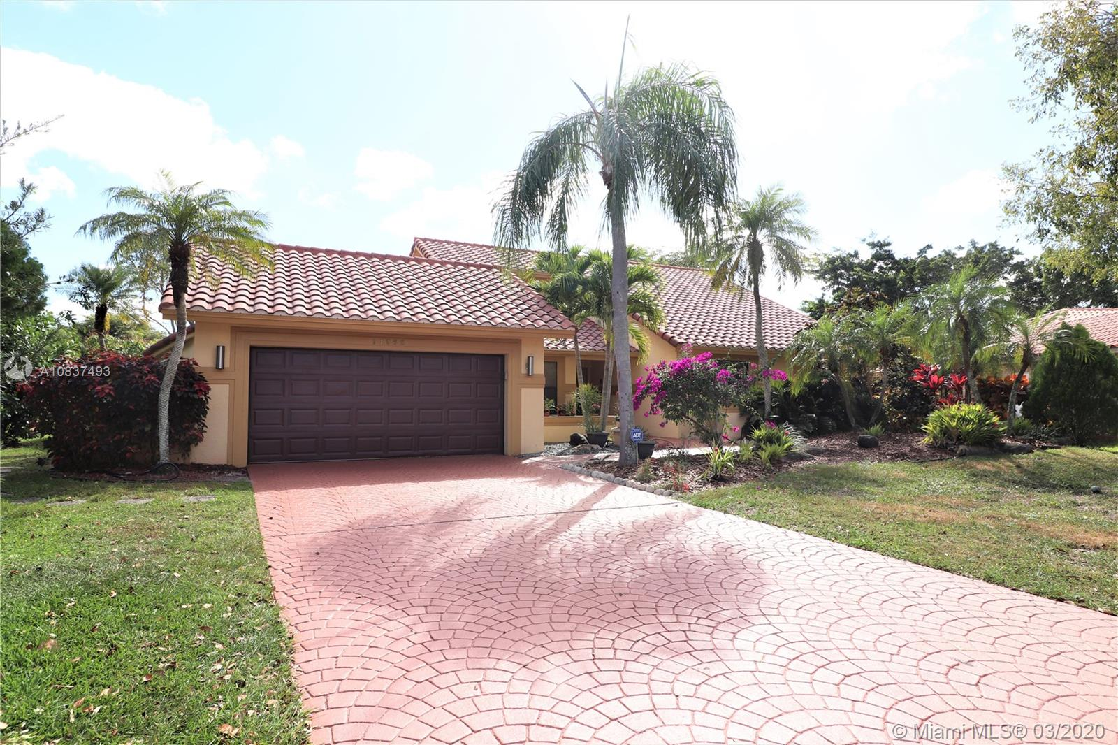11362 NW 10th Pl, Coral Springs, FL 33071