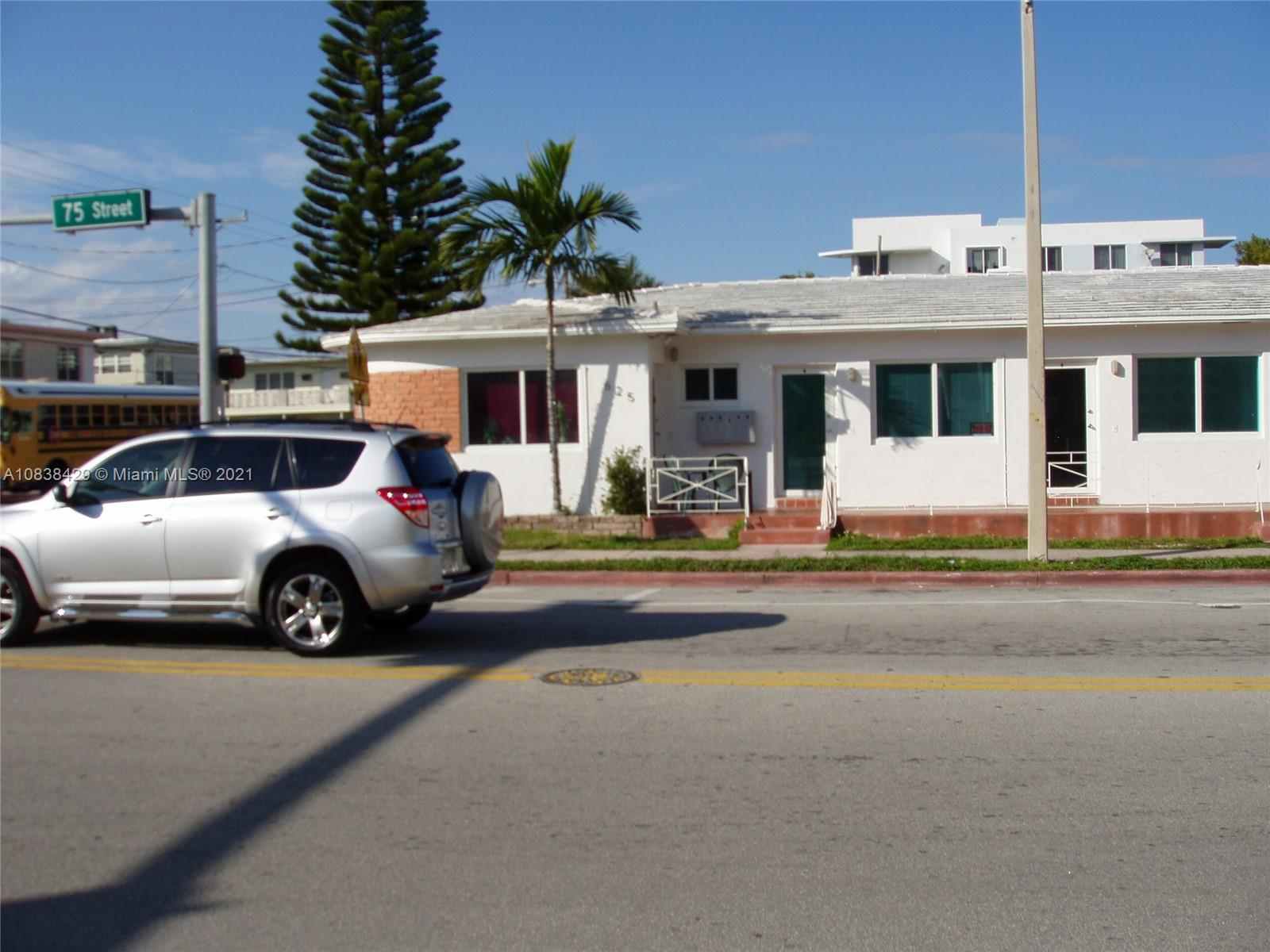 625  75th St  For Sale A10838429, FL