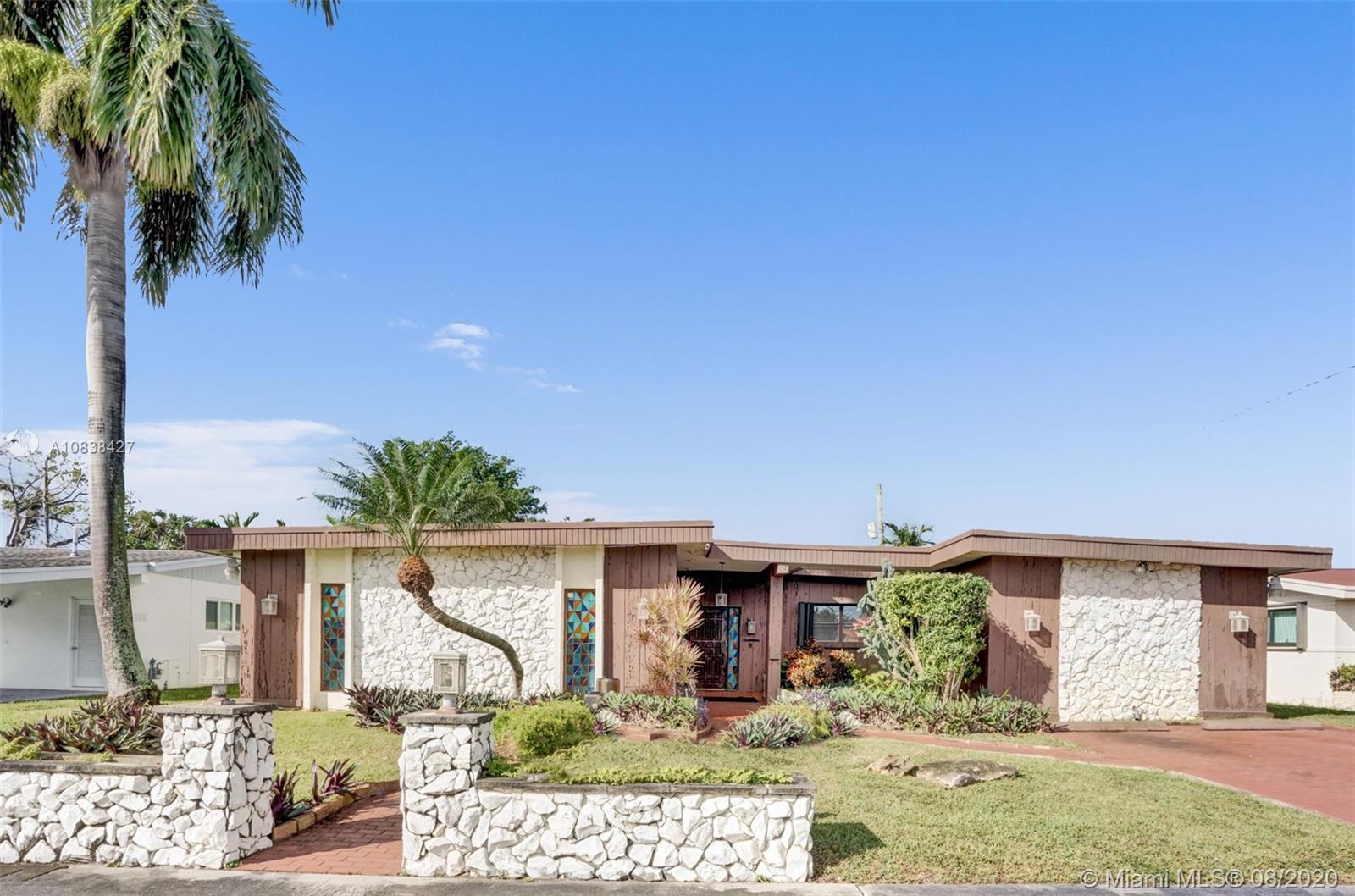 19600 NE 19th Ave  For Sale A10838427, FL