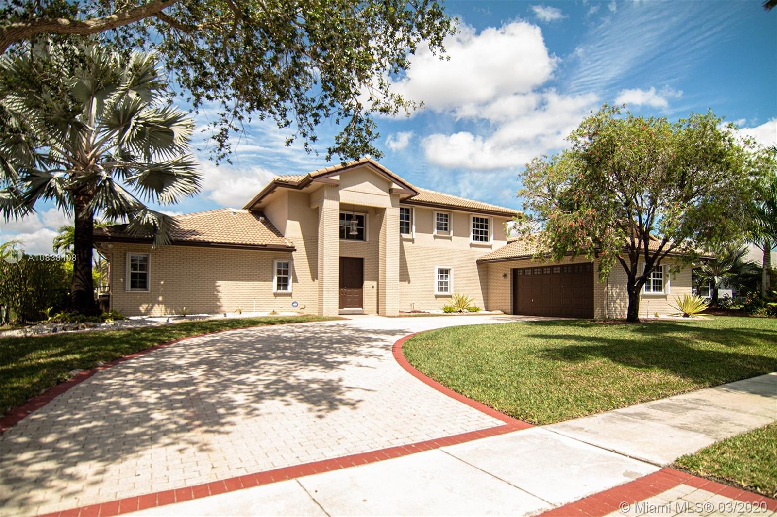 19421 NW 8th St  For Sale A10838408, FL