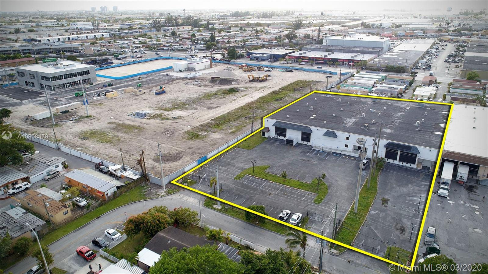 3130 W 15th Ave  For Sale A10838478, FL