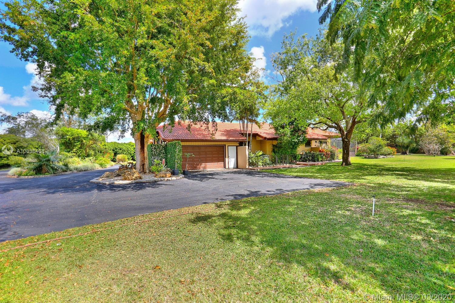 26505 SW 203rd Ave  For Sale A10838468, FL