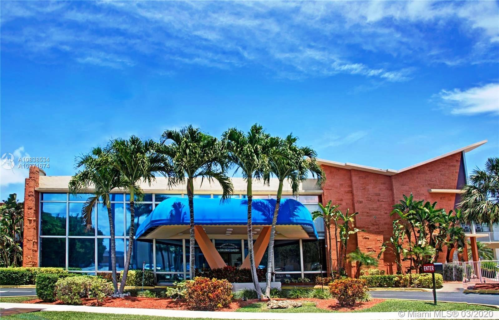 26  Diplomat Pkwy #2221 For Sale A10838534, FL