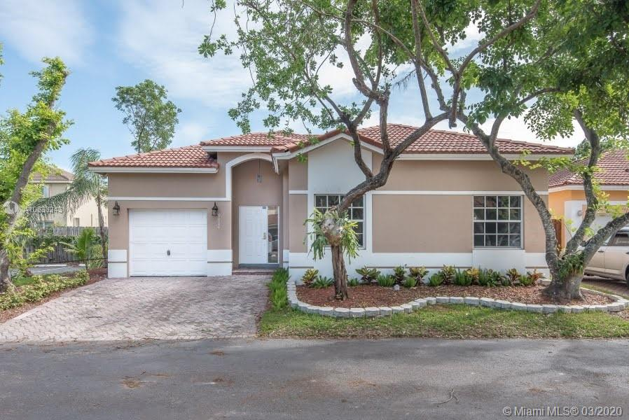 9000 SW 215th Ter  For Sale A10838243, FL