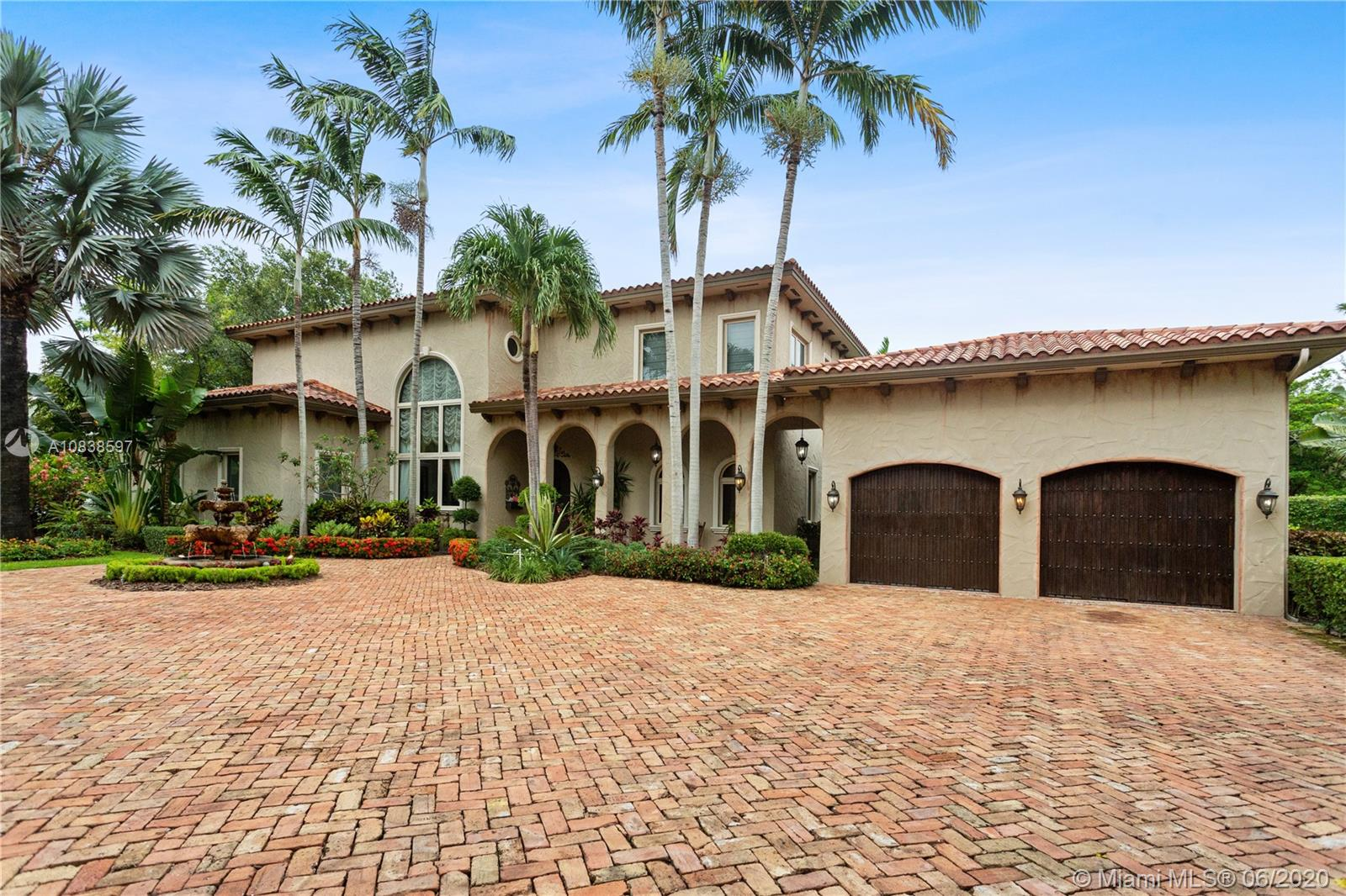 17541 SW 73rd Ct  For Sale A10838597, FL