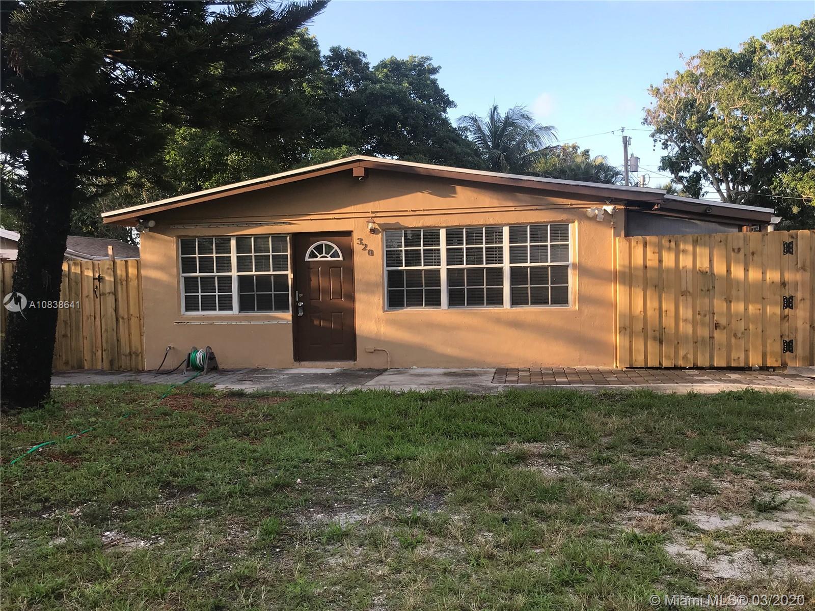 320 Ipswich St, Boca Raton, FL 33487