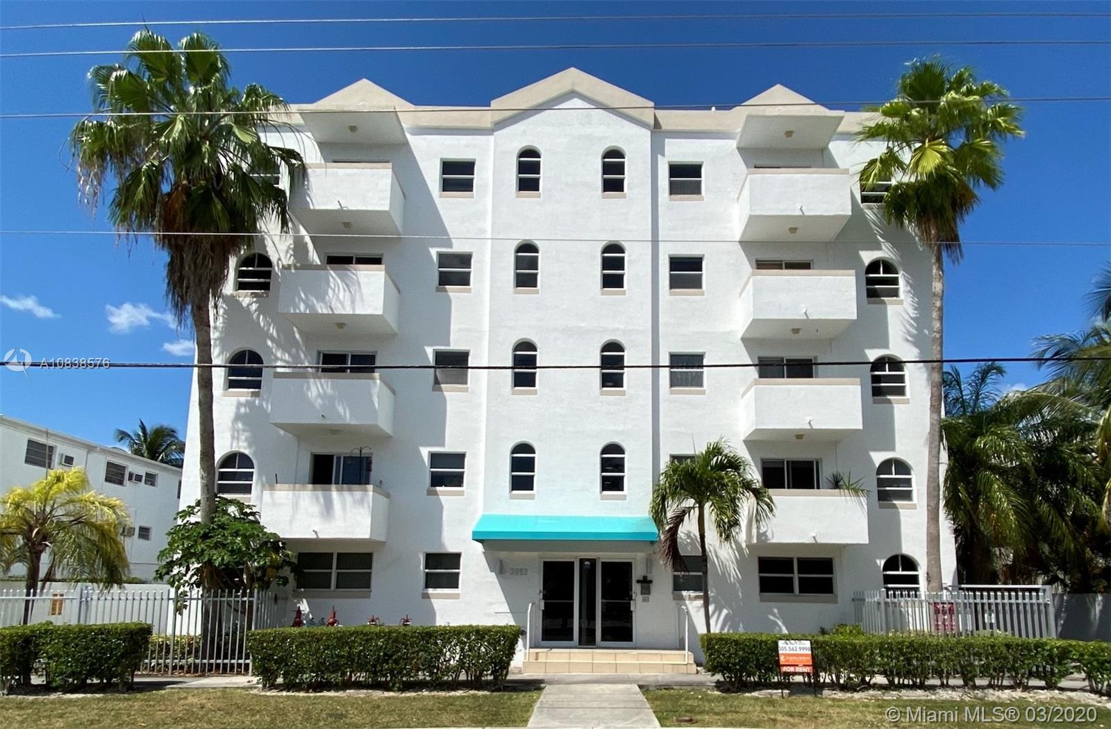 3052 SW 27th Ave #404 For Sale A10838576, FL