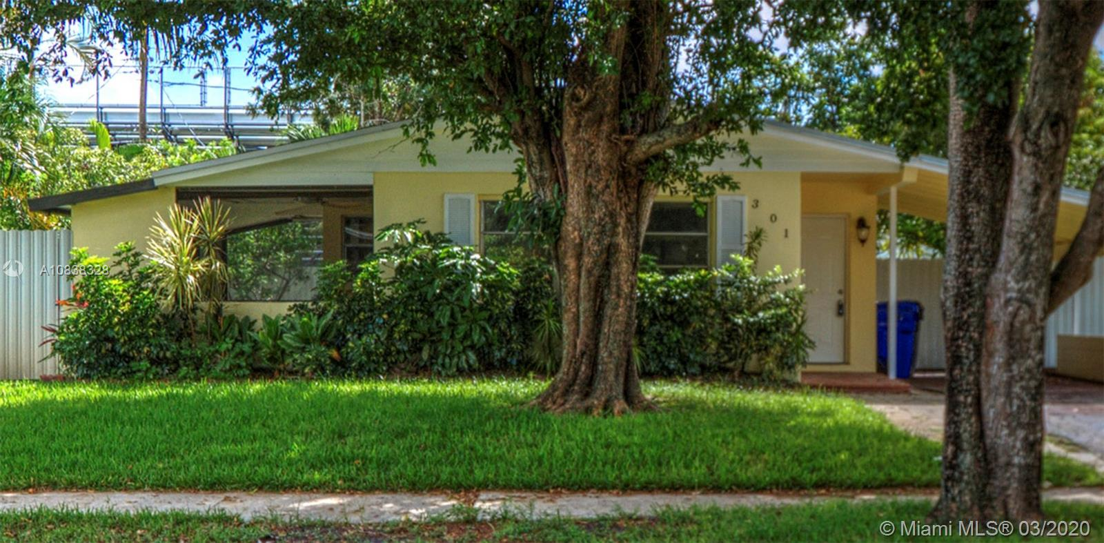 301 N 65th Ter  For Sale A10838328, FL