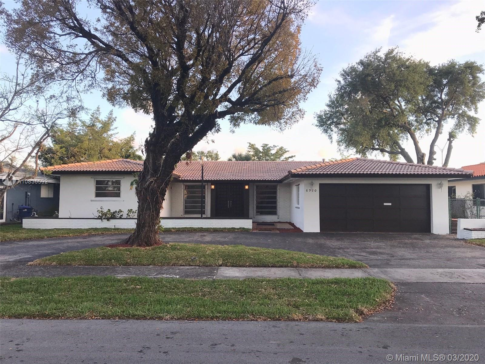 6910  Bamboo St  For Sale A10836592, FL