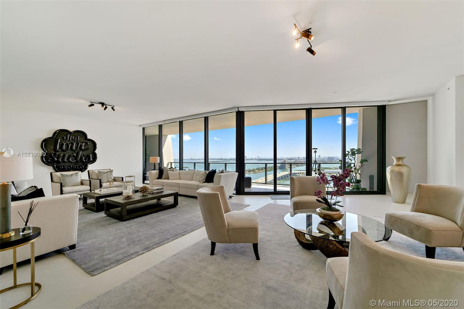 1000  Biscayne Blvd #3302 For Sale A10839050, FL