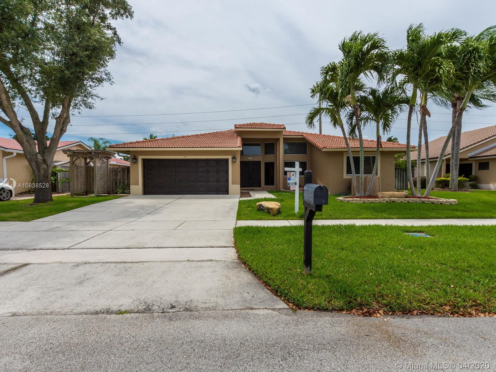 573 SW 169th Ter  For Sale A10838528, FL