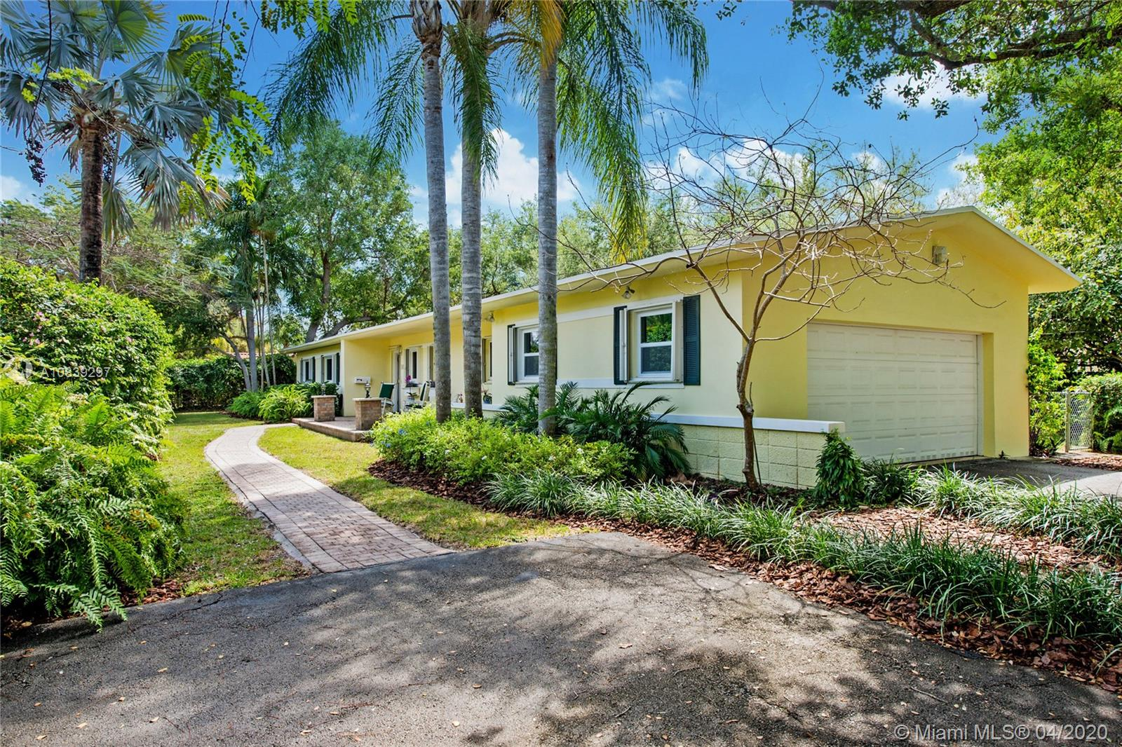 5850 SW 100th St  For Sale A10839297, FL