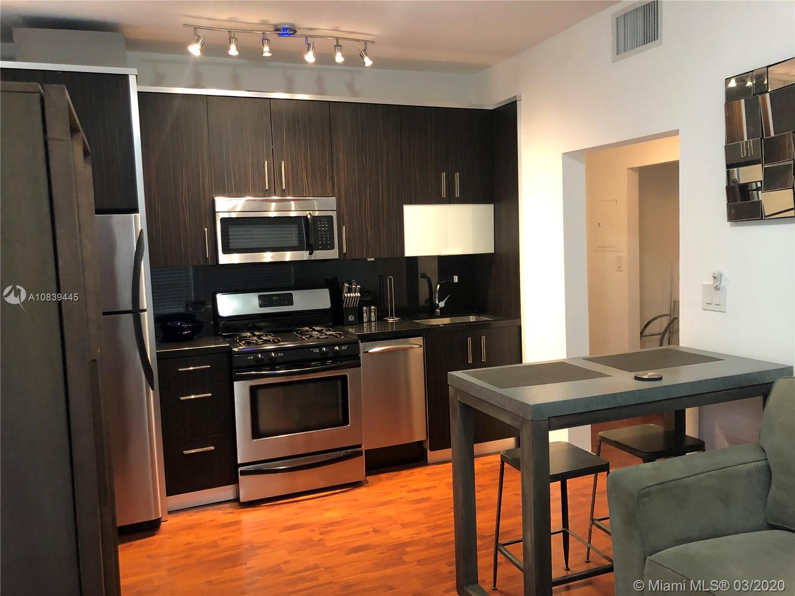 1320  Drexel Ave #208 For Sale A10839445, FL