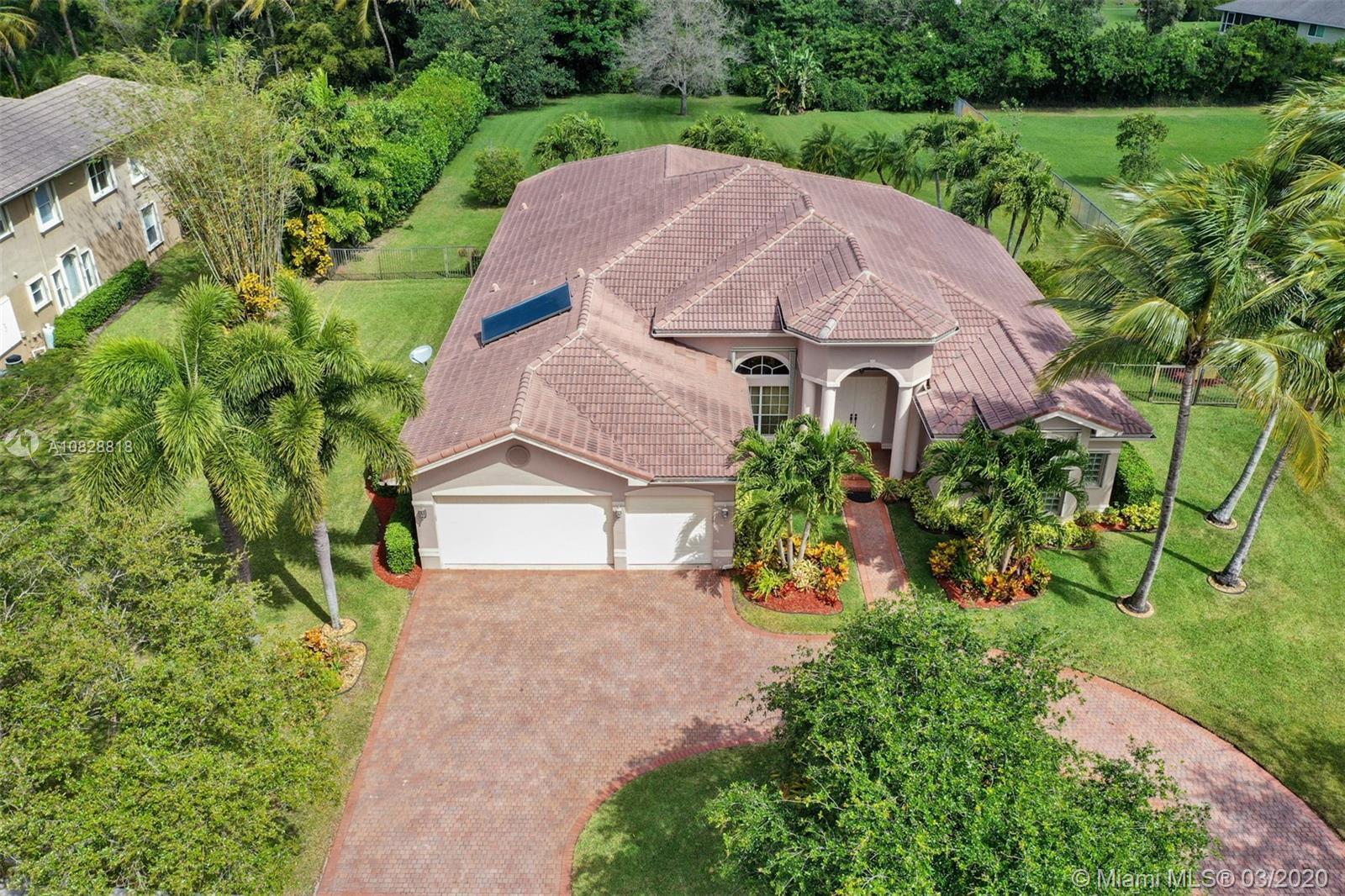 10921 Pine Lodge Trl, Davie, FL 33328