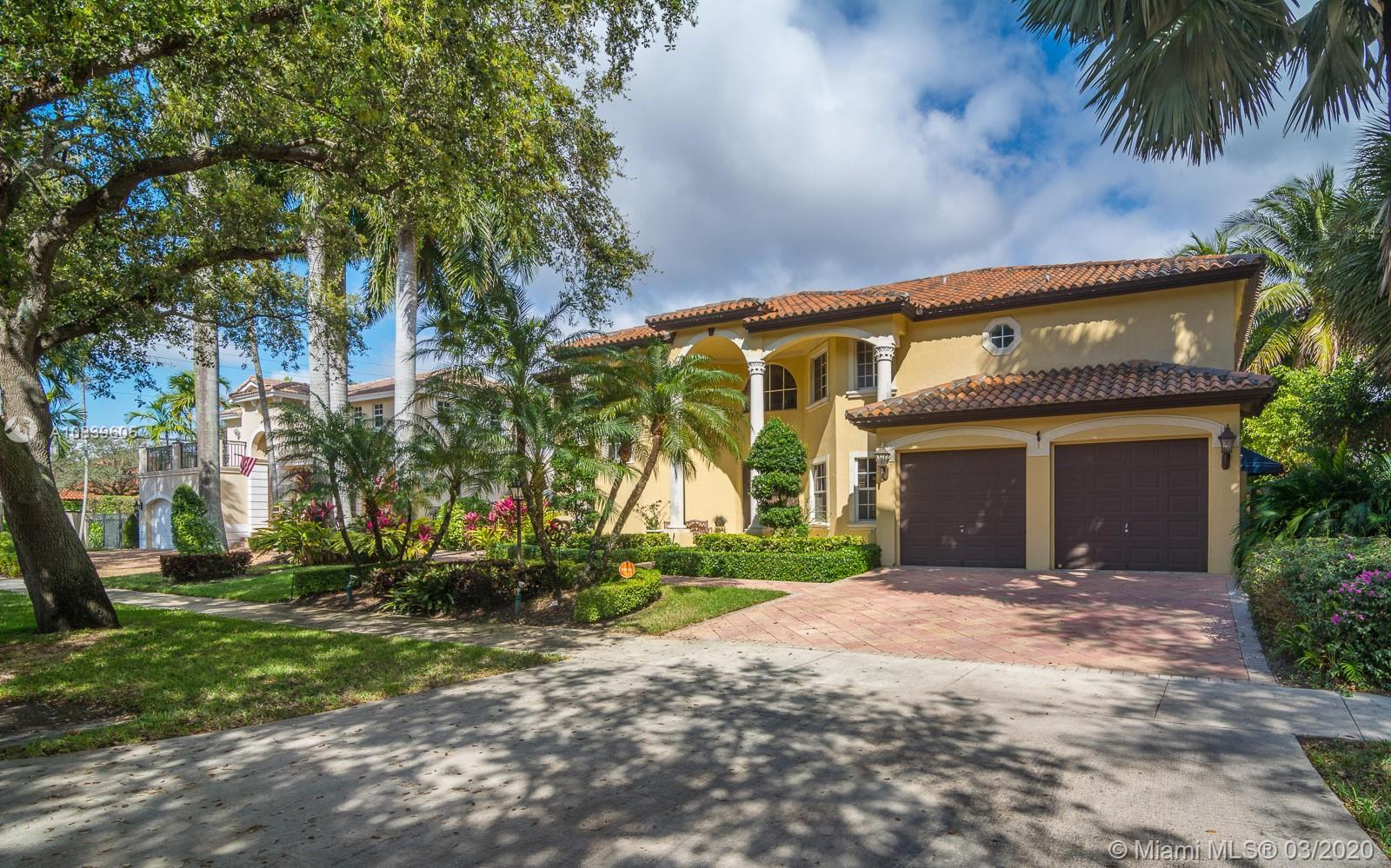 8125 NW 162nd St  For Sale A10839605, FL