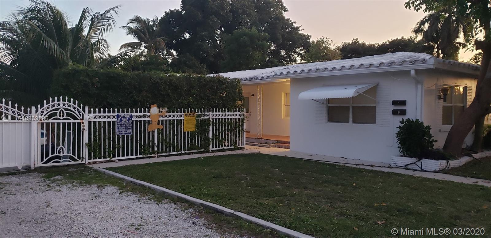 2442  Garfield St #1 For Sale A10839506, FL