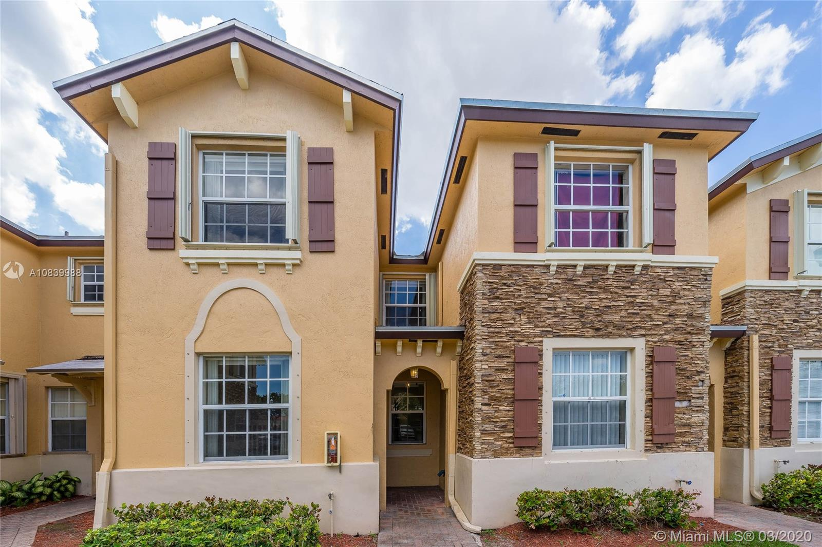 1650 NE 33rd Rd #104-10 For Sale A10839988, FL