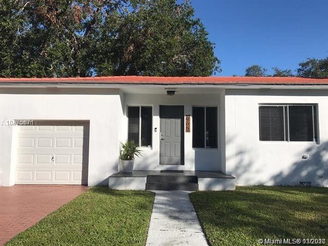 965 NE 130th St  For Sale A10829241, FL