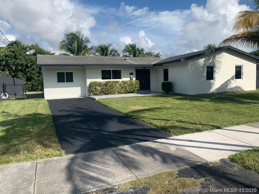 9821 SW 195th St  For Sale A10840079, FL