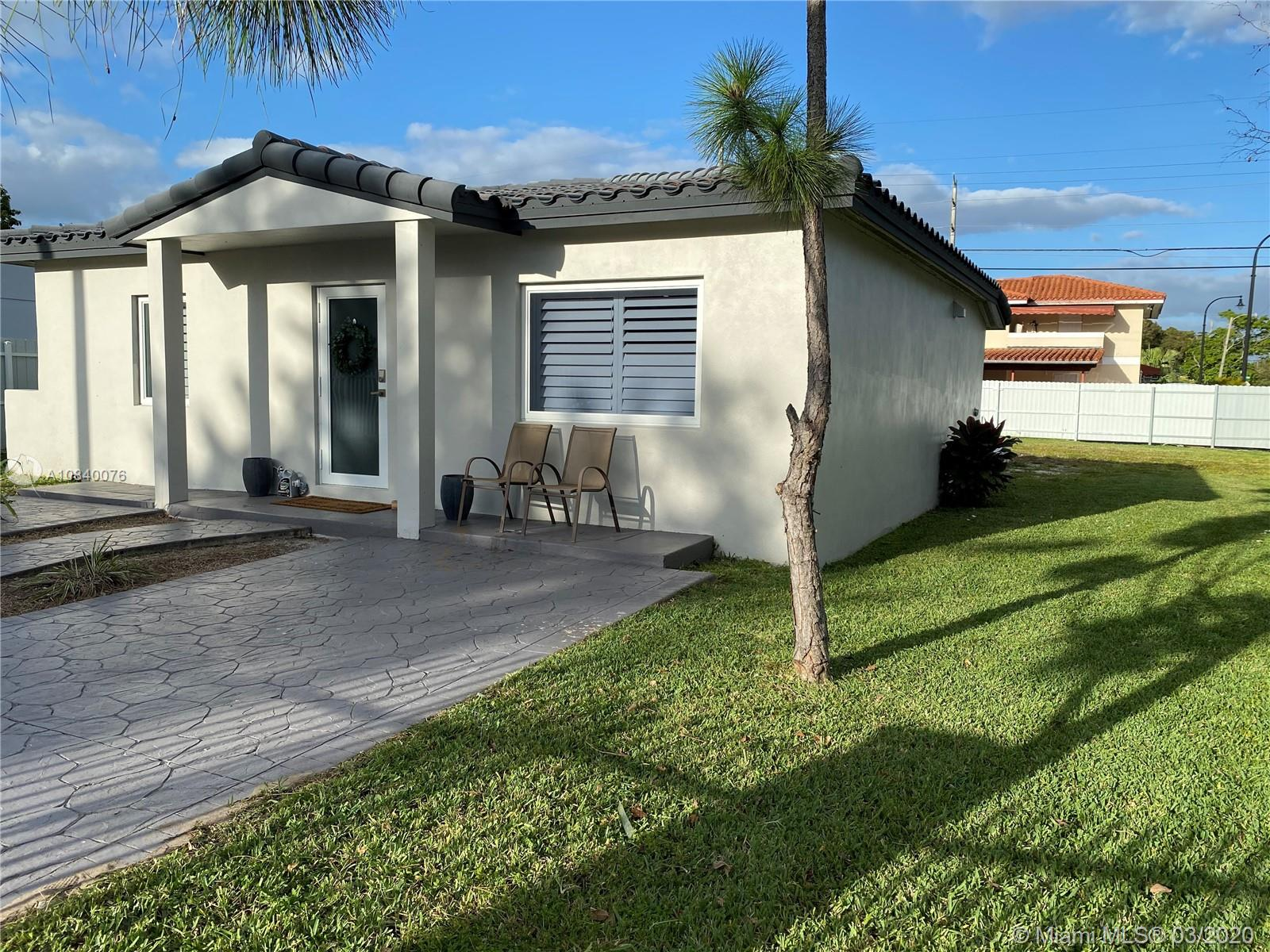 400 SW 61st Ave  For Sale A10840076, FL