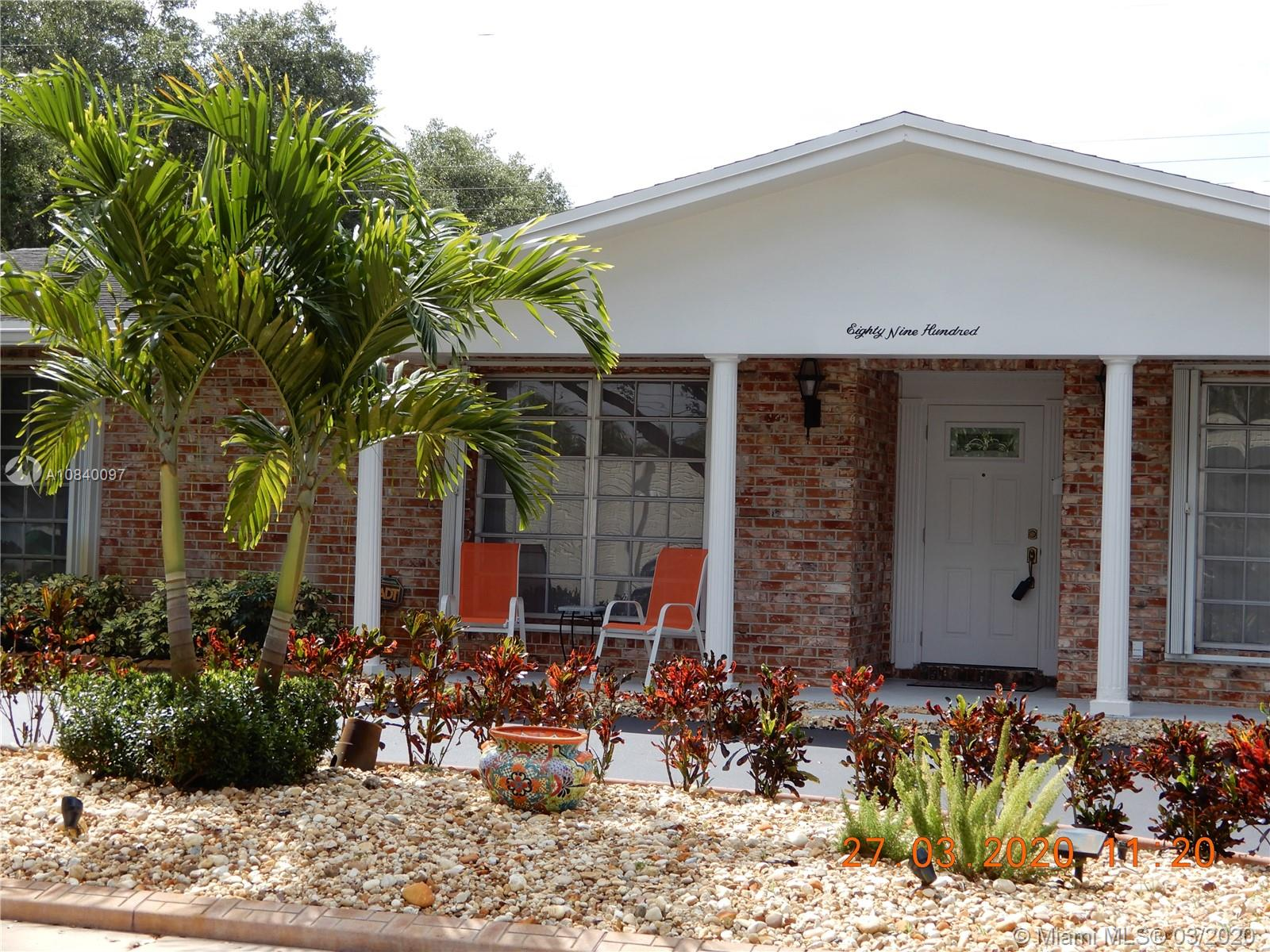 8900 SW 49th St  For Sale A10840097, FL
