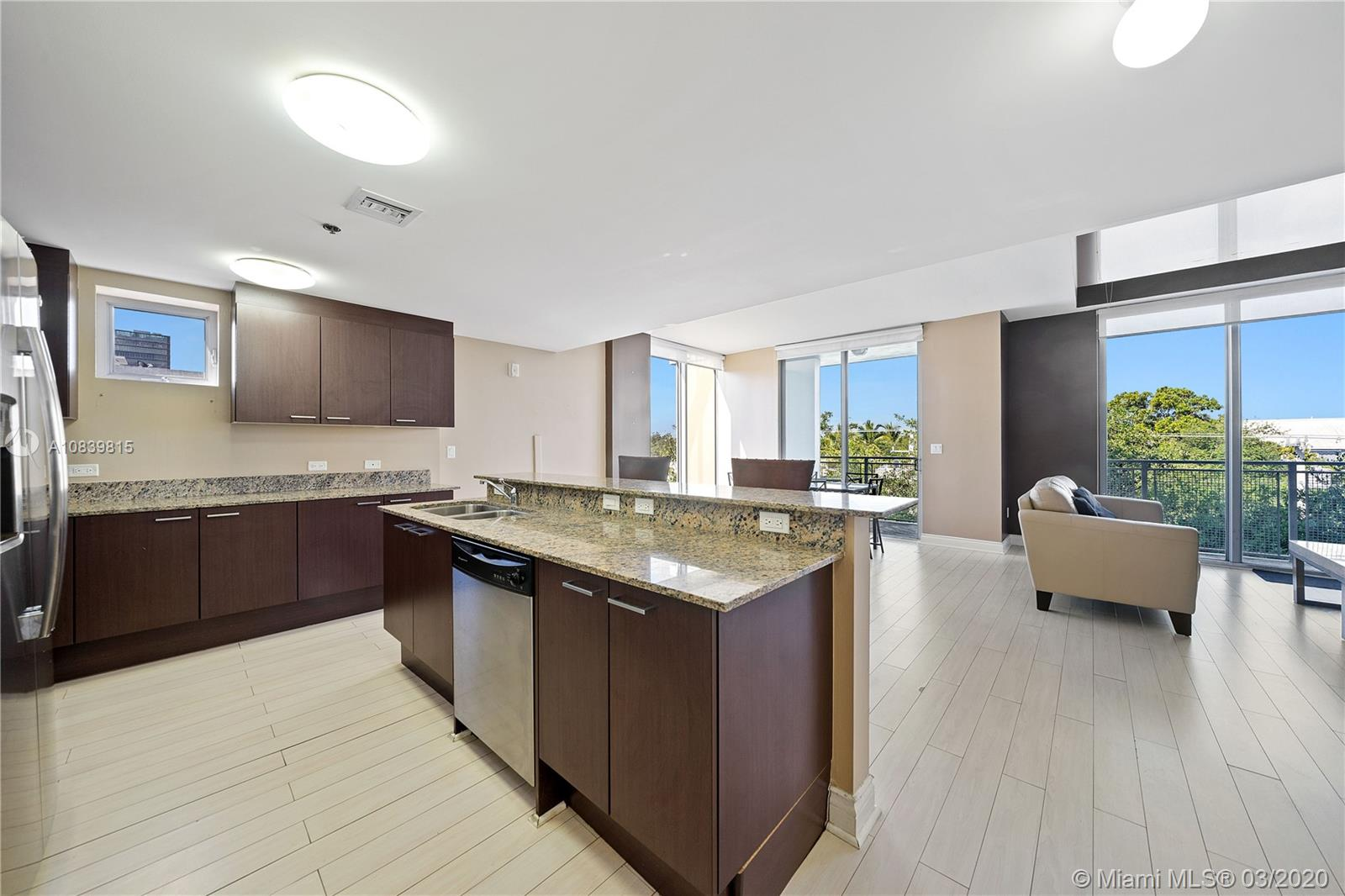 3001 SW 27 Ave #L401 For Sale A10839815, FL