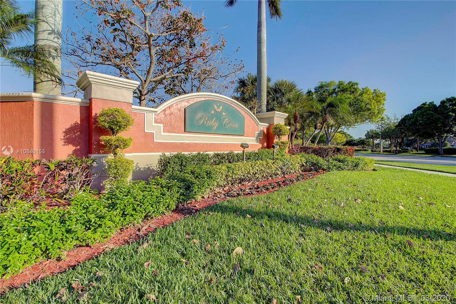 16517  Turquoise Trl  For Sale A10840155, FL