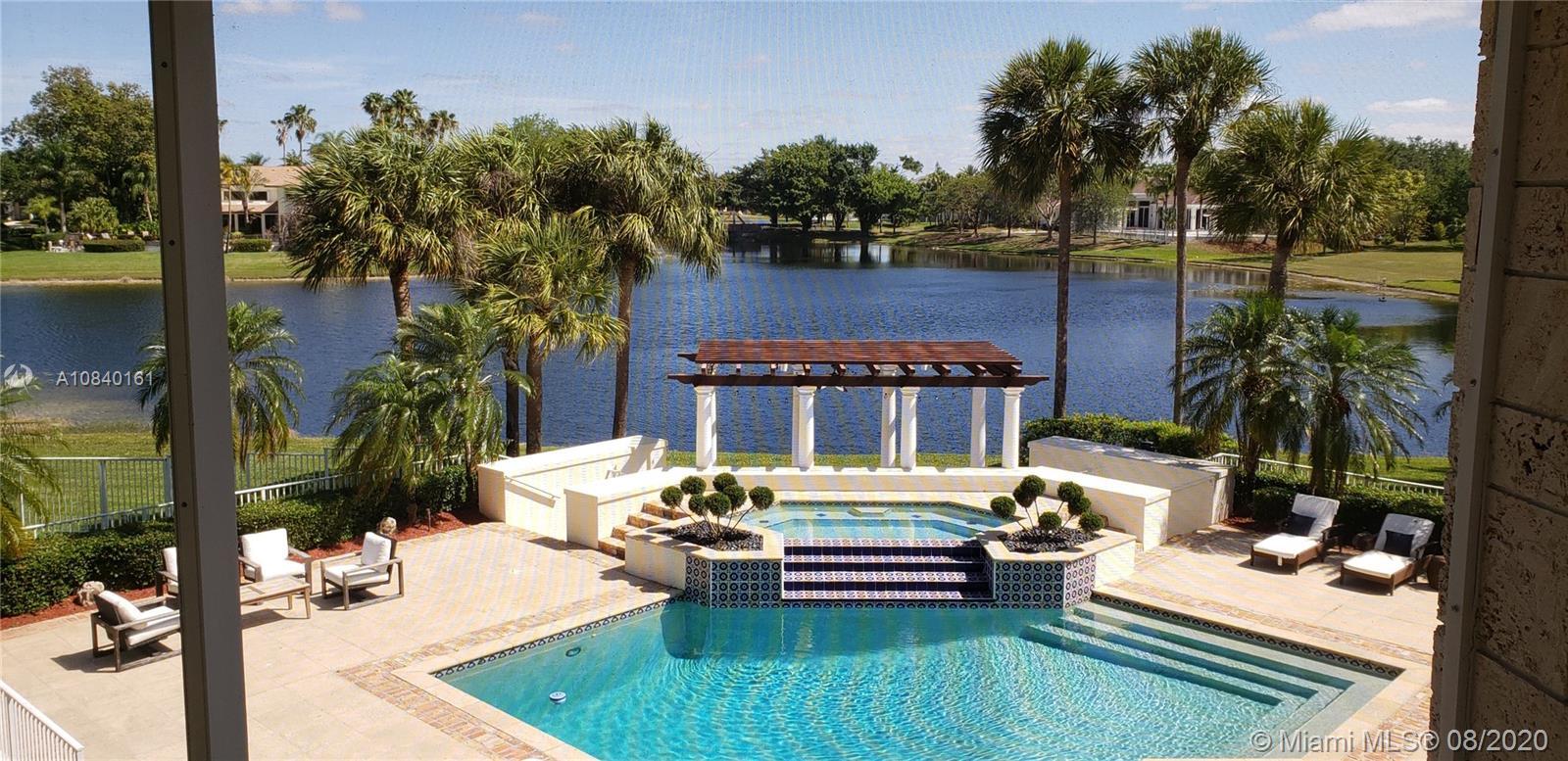 2950  Surrey Ln  For Sale A10840161, FL