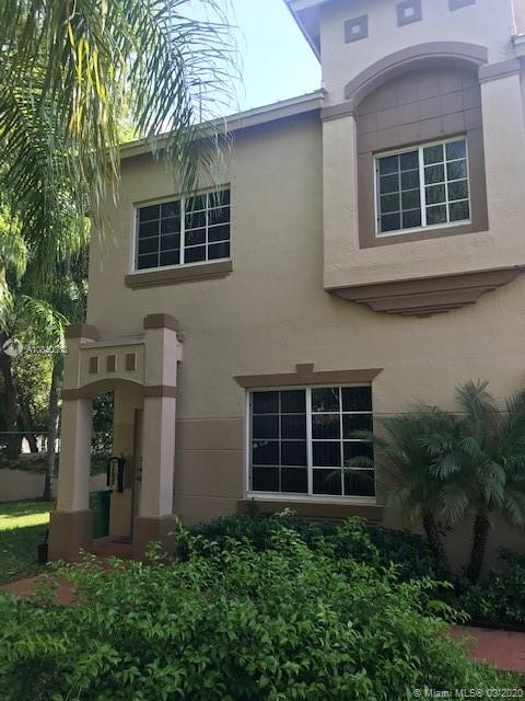 15720 SW 92nd Ave #1A For Sale A10840373, FL