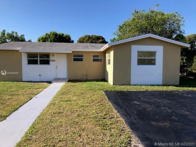 7200 SW 3rd Ct, North Lauderdale, FL 33068