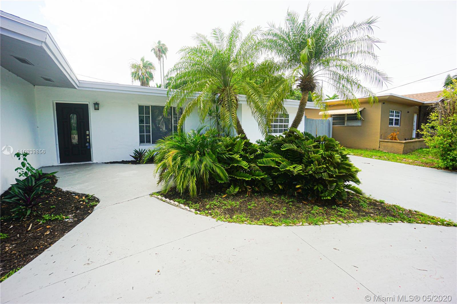 20120 NE 26th Ave  For Sale A10839856, FL