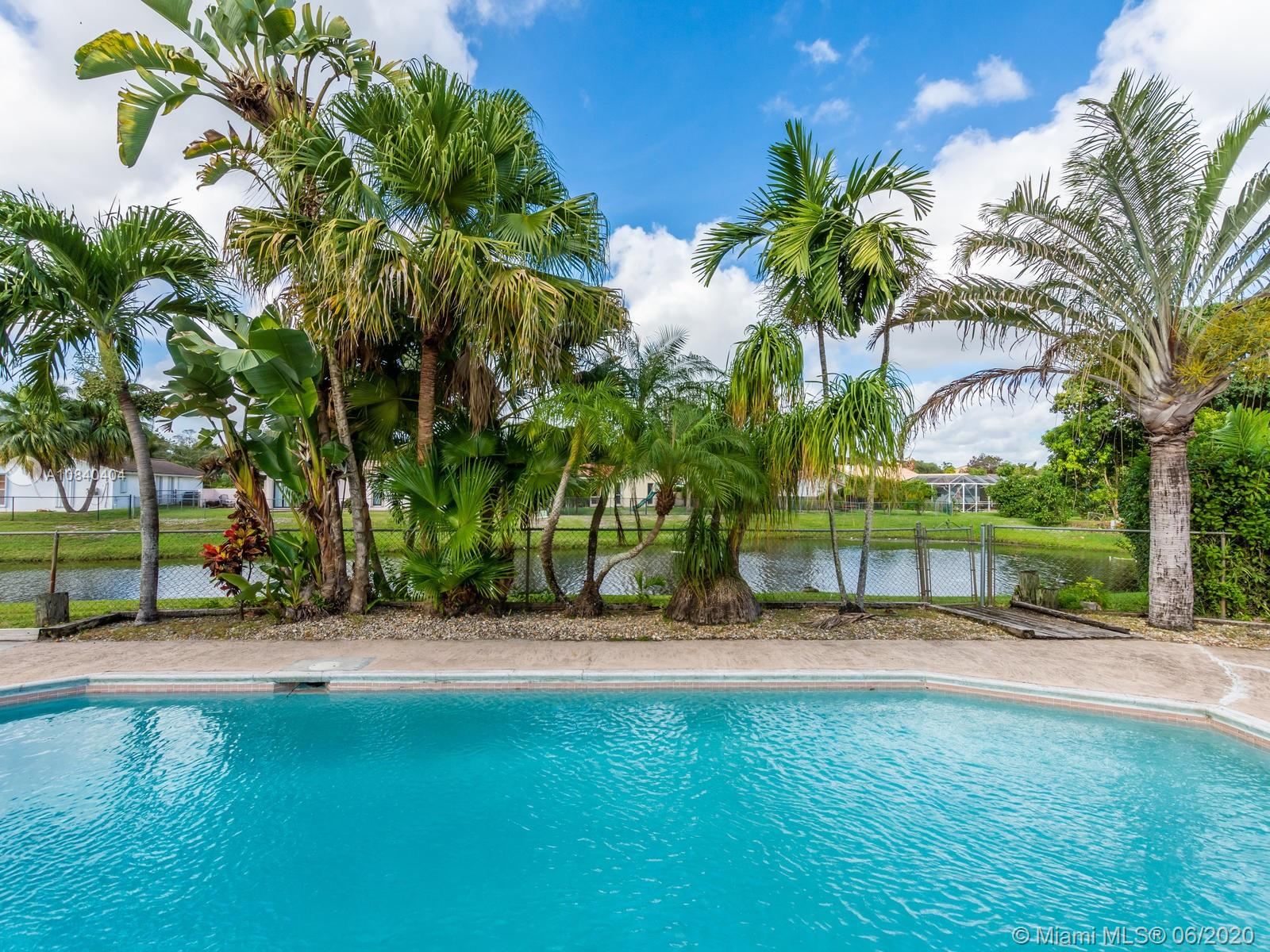 """BEAUTIFUL LOCATION - WATERFRONT HOME IN CUL DE SAC, 3/2 WITH POOL IN RAMBLEWOOD, PERFECT TO ENTERTAIN!""""NO HOA FEE"""". Enjoy Florida in your own oasis in the backyard, ! Amazing Spacious 3 bedrooms and 2bath home in the heart of family-friendly Coral Springs.Large separate laundry, Enjoy the wide waterfront views from either of enclosed private patio or pool area. screened in porch. Great well-maintained lot, away from busy roads. Huge pool patio area! Large private back yard!,Home is located in a great family neighborhood in great schools district!Best Location !"""