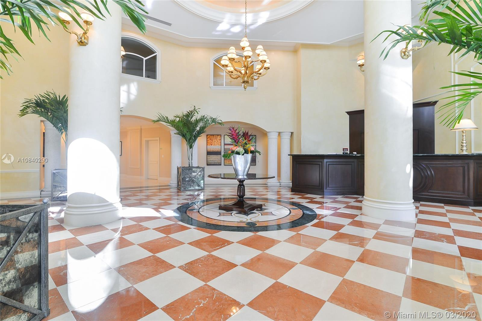 20000 E Country Club Dr #PH04 For Sale A10840290, FL