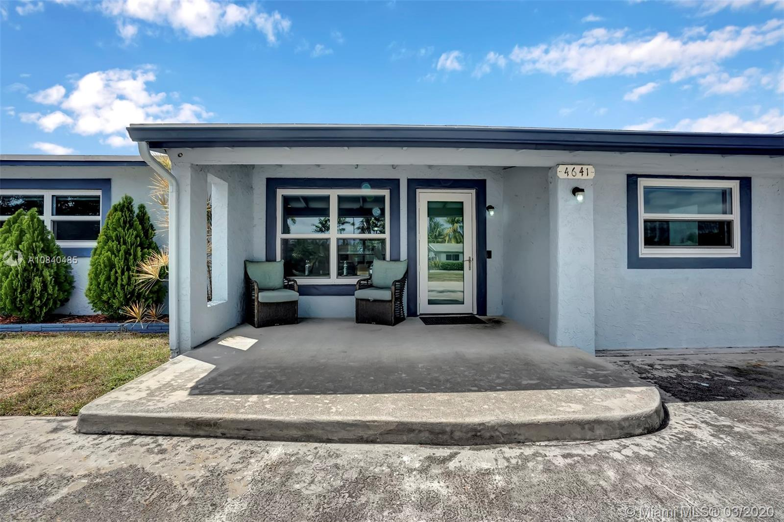 4641 SW 34th Dr  For Sale A10840485, FL