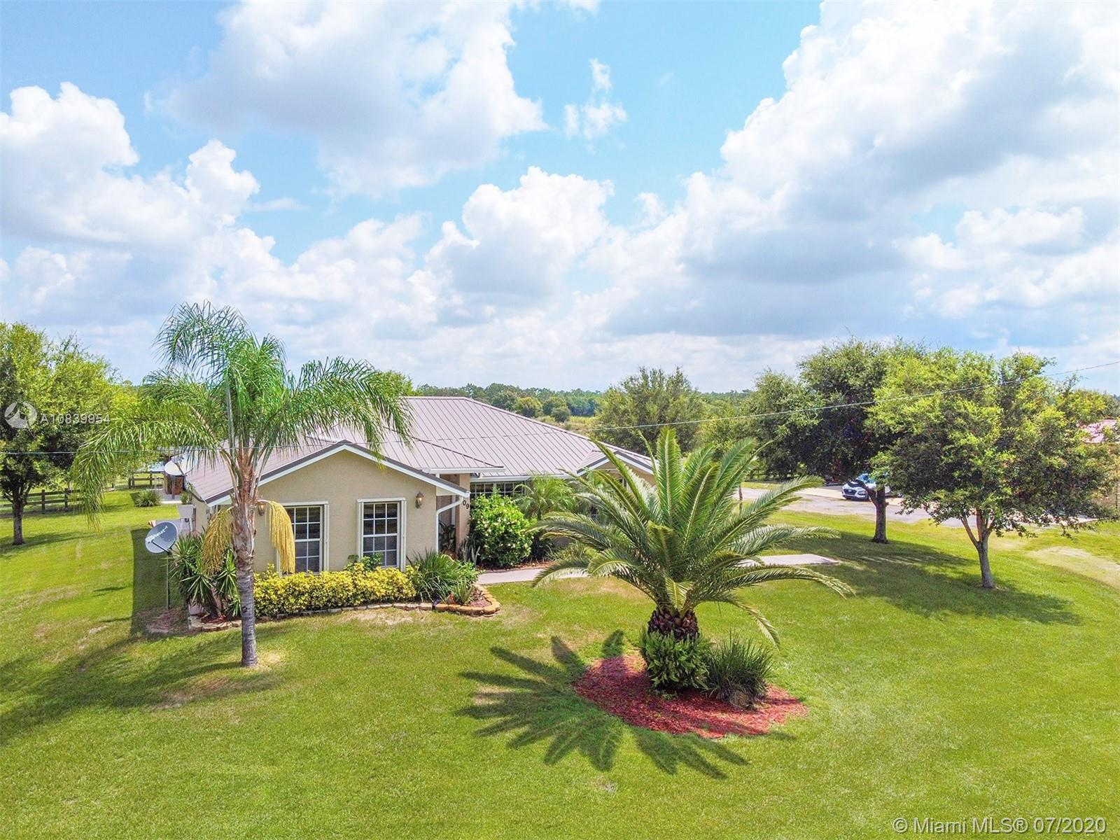 109 Silver Dollar Ln, Other City - In The State Of Florida, FL 33960