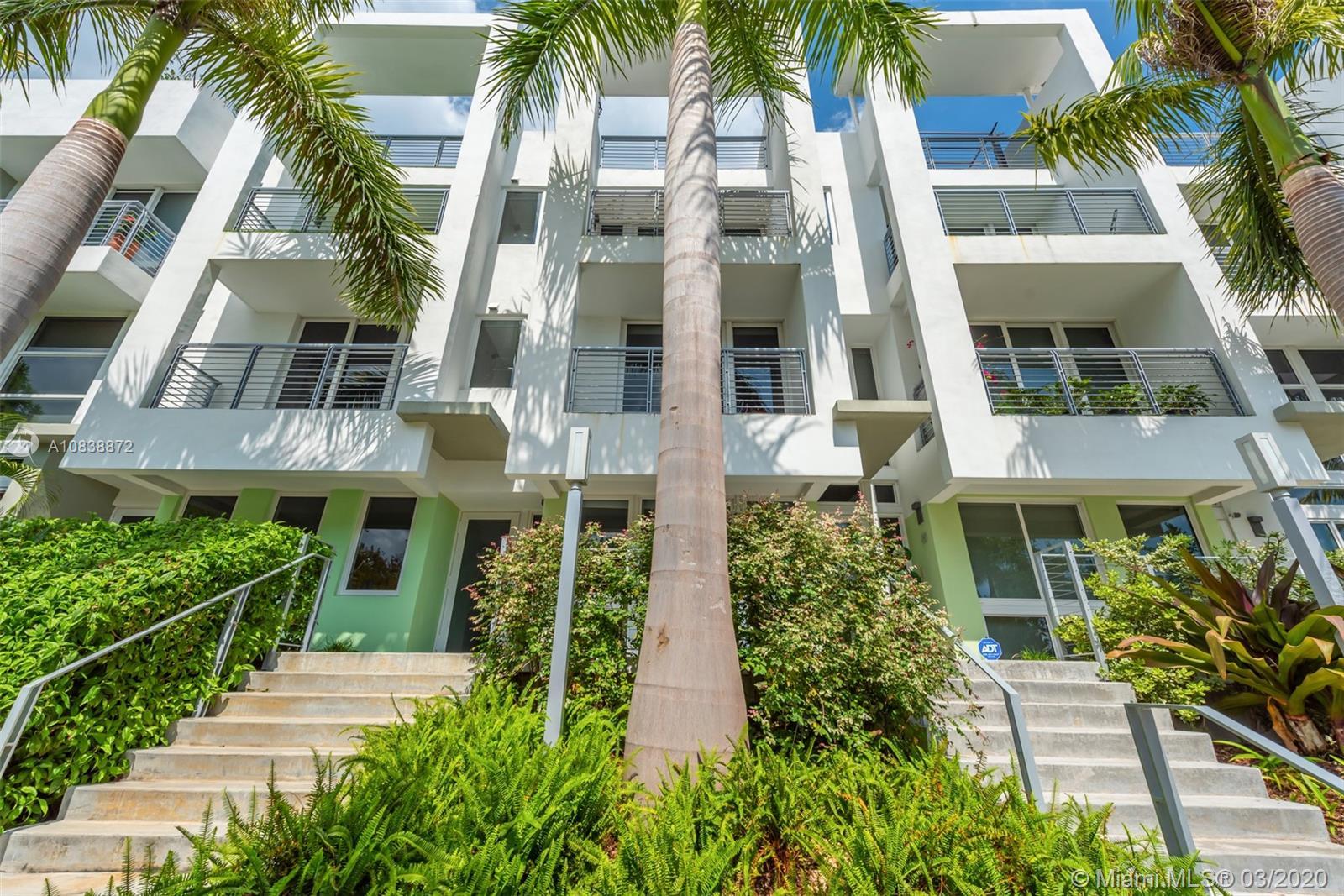 87 N Shore Dr  For Sale A10838872, FL
