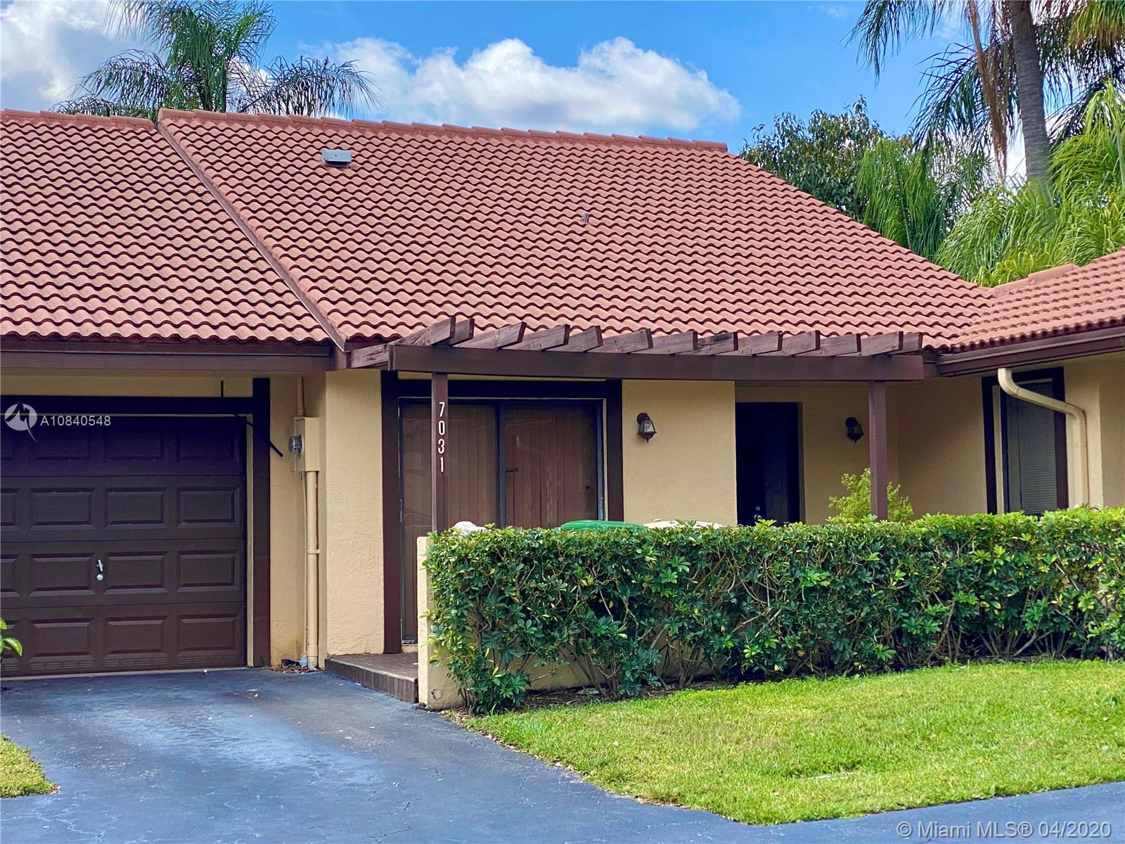7031  Marlberry Ln  For Sale A10840548, FL