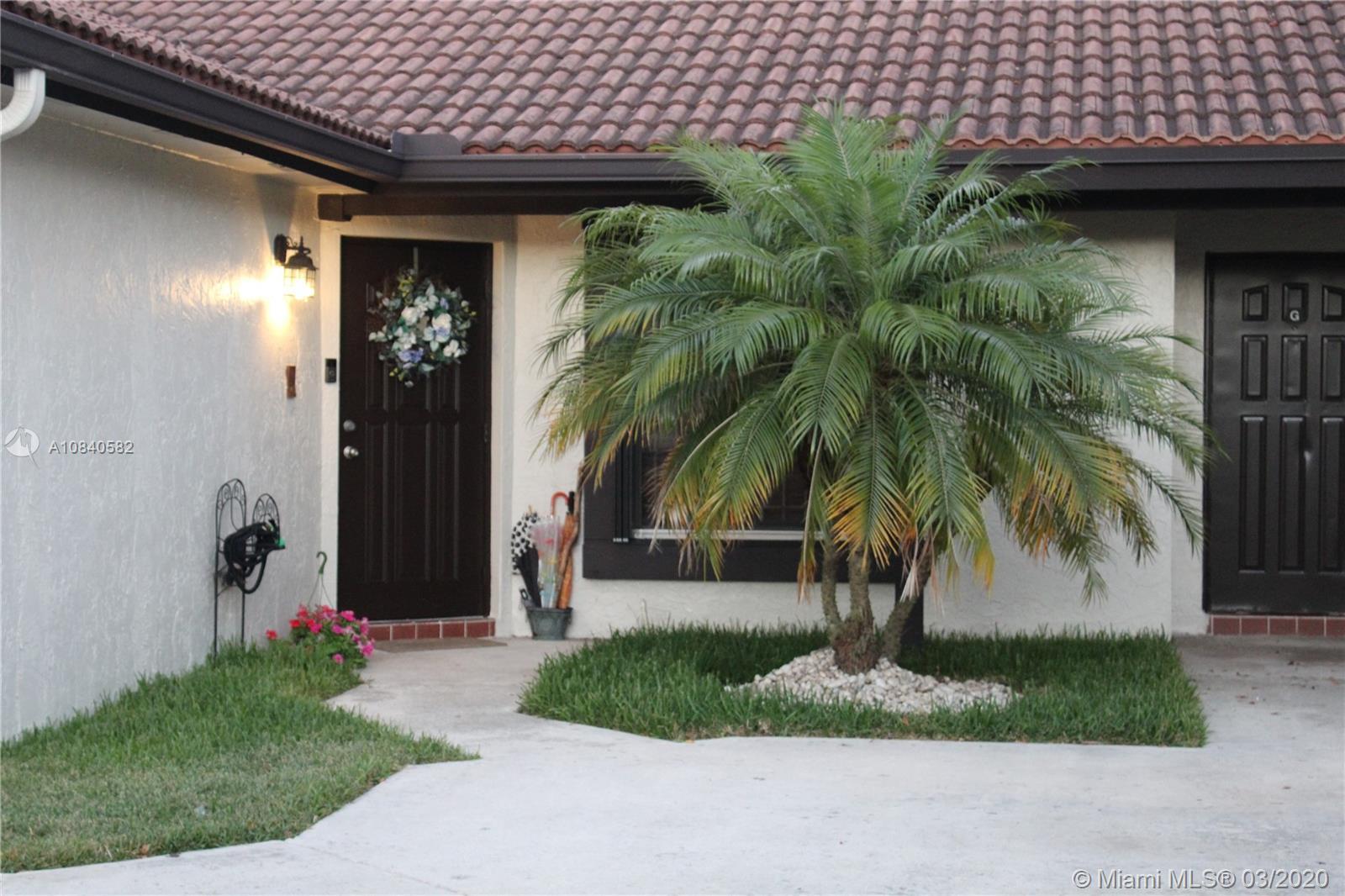 15040 SW 49th Ln H-111, Miami, FL 33185