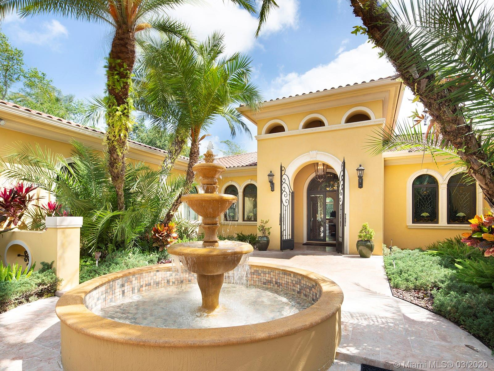 9005 SW 68th Ave  For Sale A10819861, FL