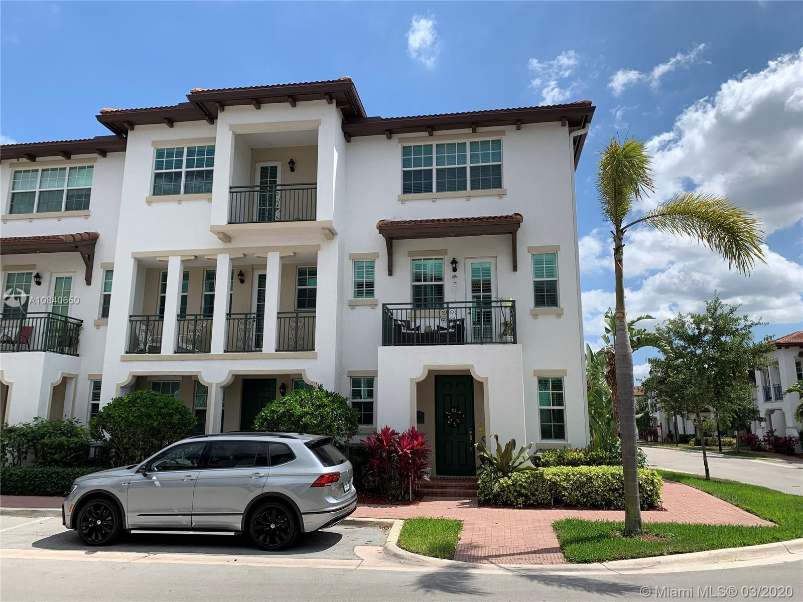 11981 SW 28th Ct #11981 For Sale A10840650, FL