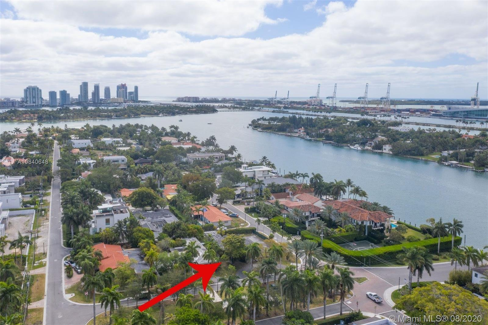205 S Hibiscus Dr  For Sale A10840648, FL