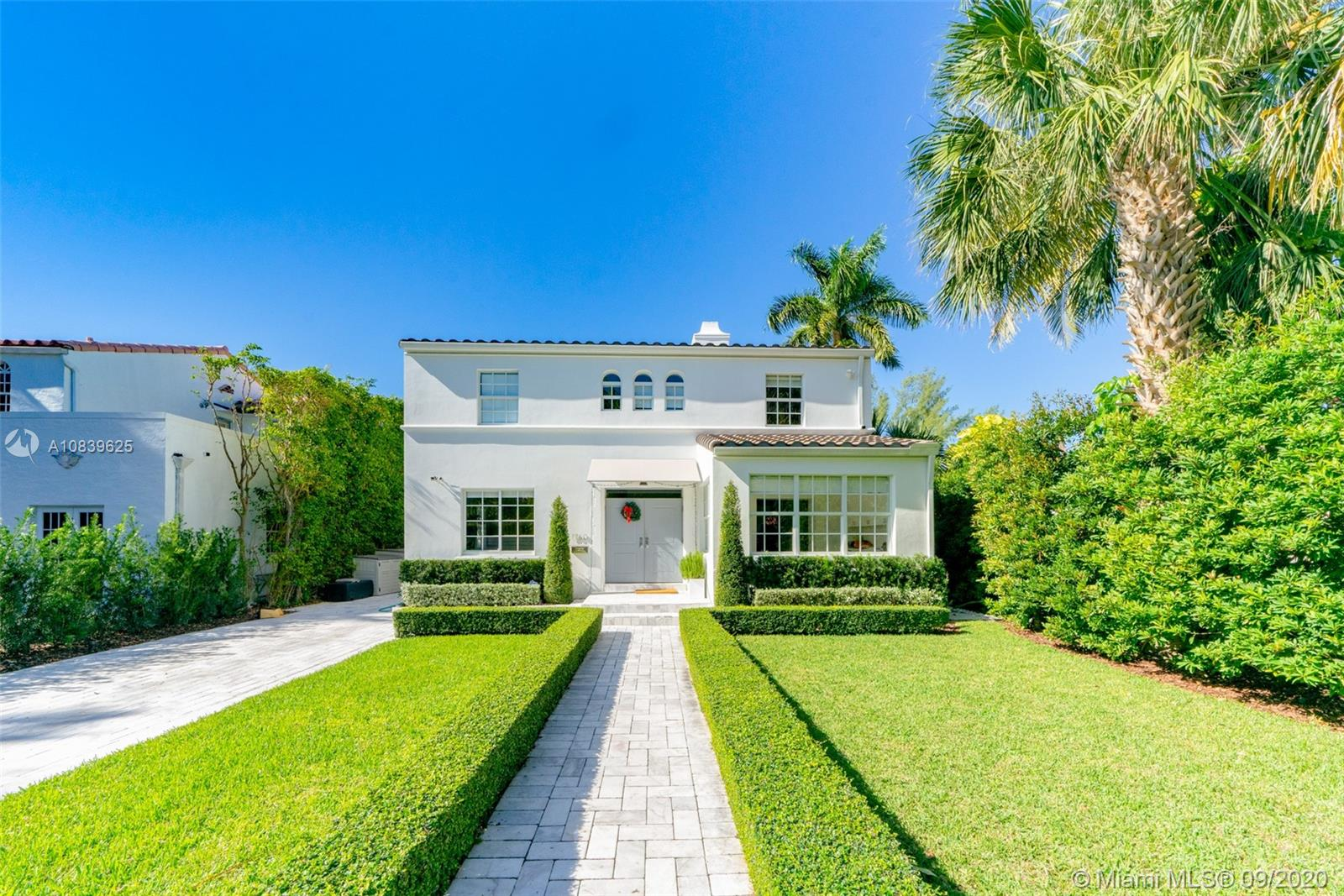 1760  Lenox Ave  For Sale A10839625, FL