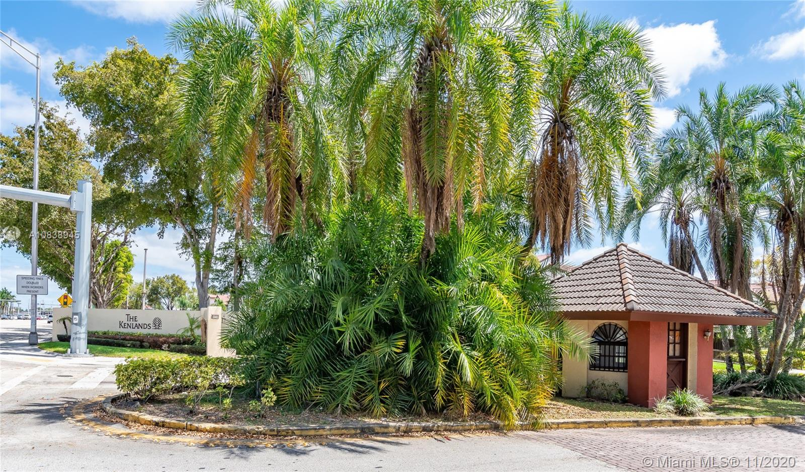 9255 SW 125th Ave #204R For Sale A10838945, FL