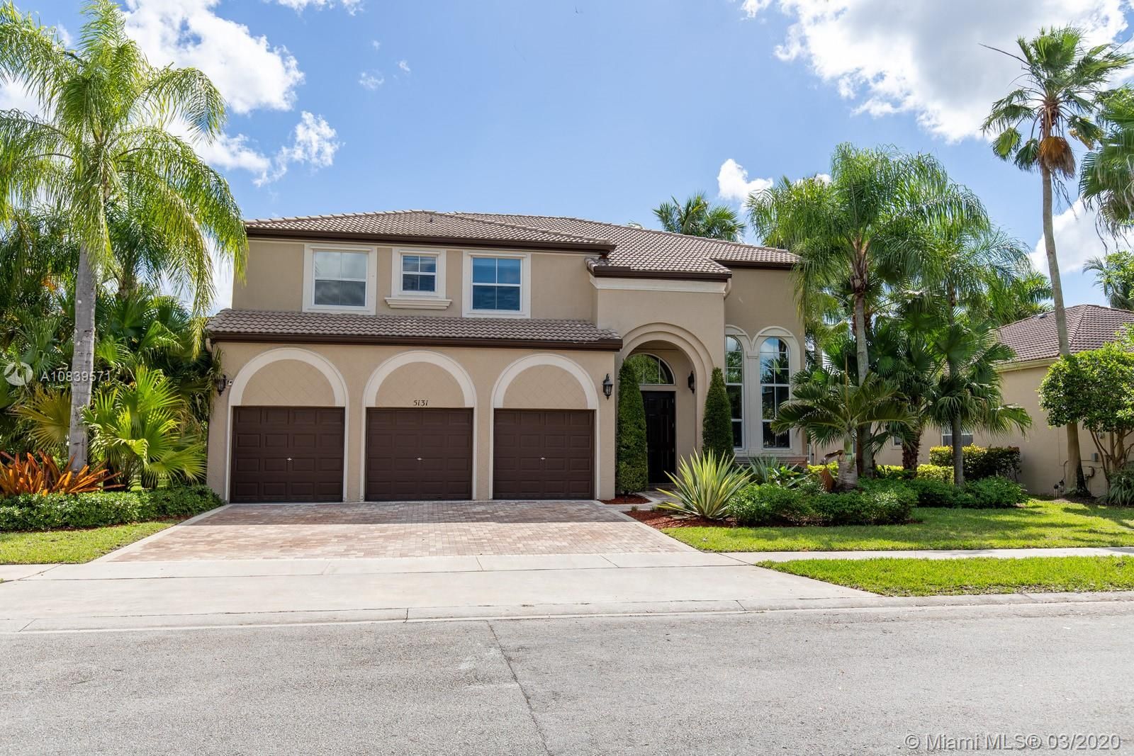 5131 SW 170th Ave  For Sale A10839571, FL