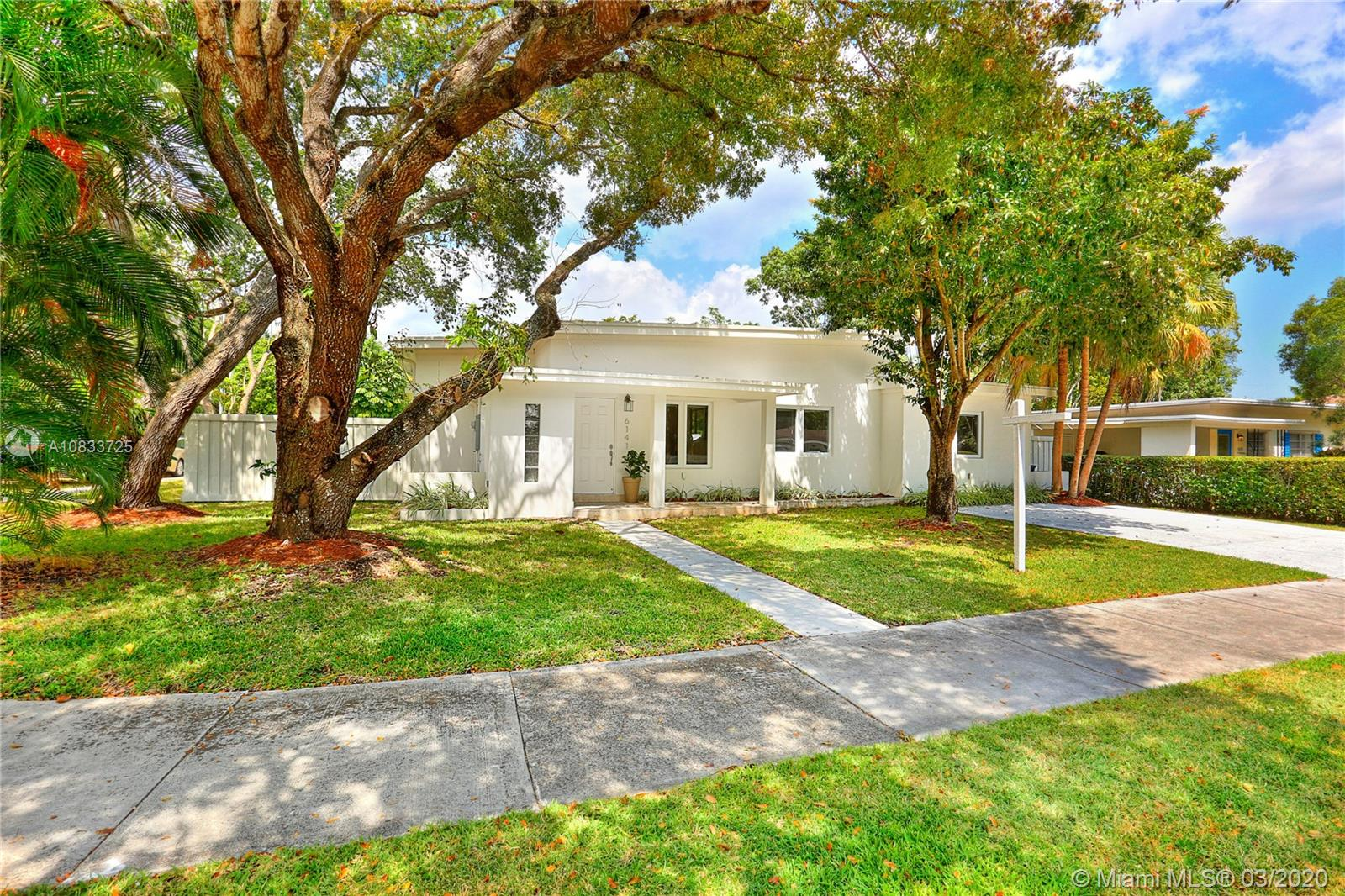 6141 SW 48th St  For Sale A10833725, FL
