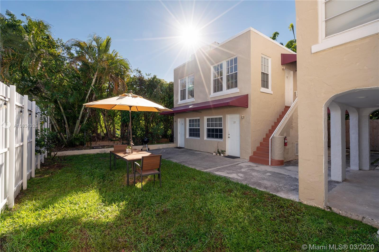 4349  Sheridan Ave #10 For Sale A10834325, FL