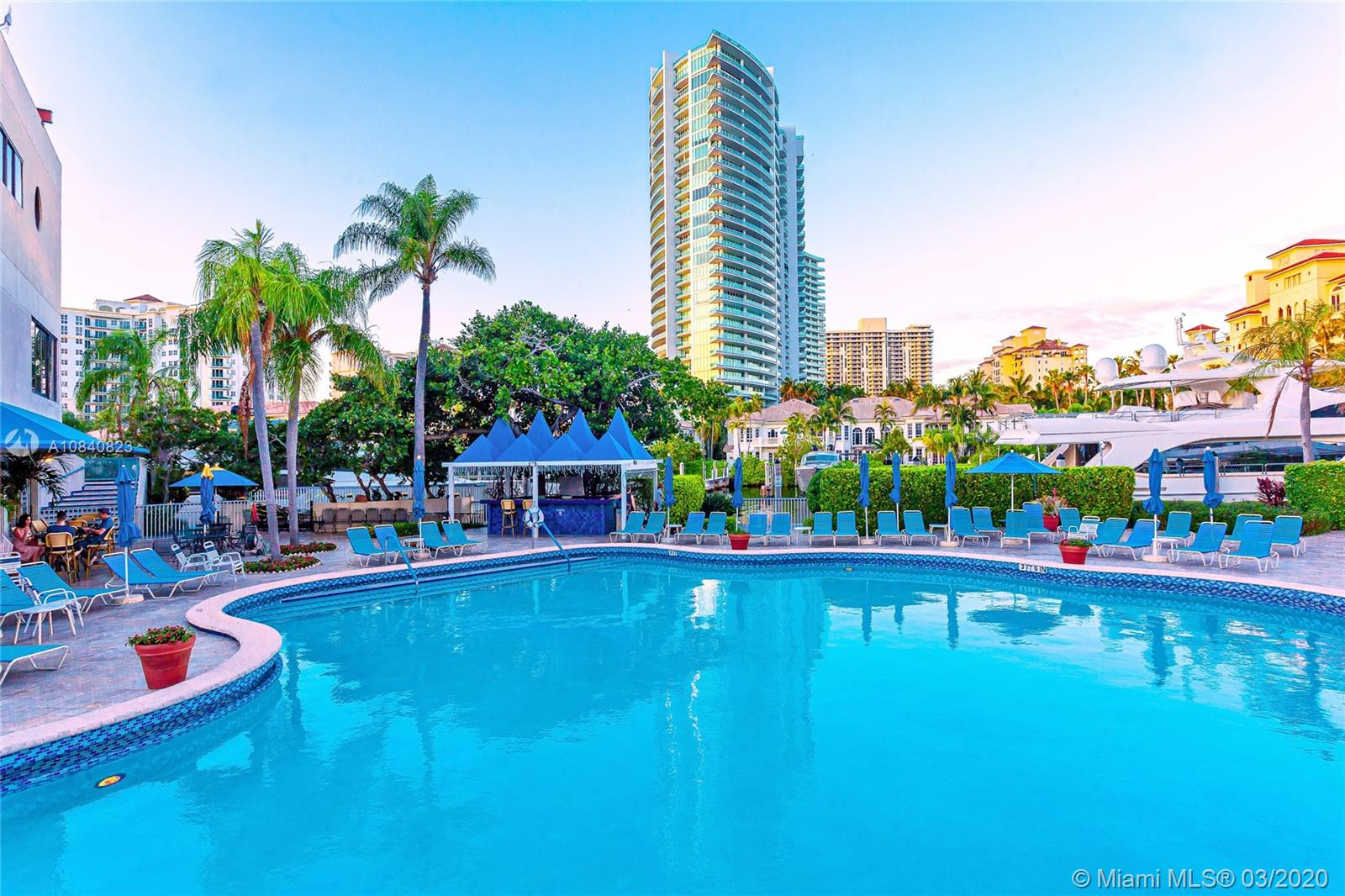 19707  Turnberry Way #4C For Sale A10840823, FL