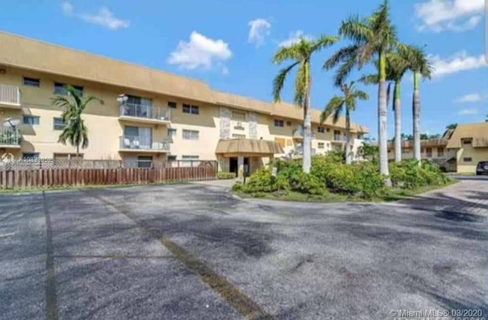 8601  94 ST #226W For Sale A10838052, FL