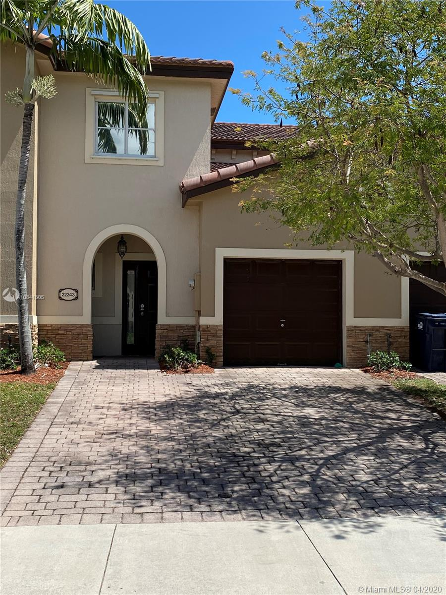 22243 SW 89th Ave #22243 For Sale A10841305, FL
